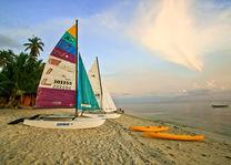 Filipijnen - Siquijor - Coco Grove Beach Resort -strand - watersport