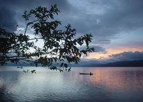 Indonesië - Sulawesi - Poso meer - foto: Daniel de Gruiter