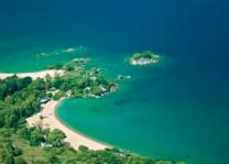 Kaya Maya - luchtfoto - Likoma Island - Lake Malawi - foto: Kaya Mawa