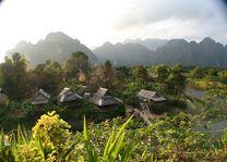 Laos-Mekong-houten-bungalows-aan-de-Mekong - foto: pixabay