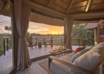 Lion Camp - luxury suite - South Luangwa - Zambia