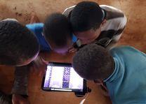 Rhotia Valley - kindertehuis - tablets - Tanzania