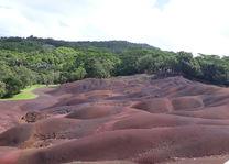 Seven Colored Earth - Chamarel - Mauritius - foto: Esther van den Berg