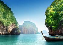 Thailand - Koh Racha - bootje - baai - bergen - blauwe zee