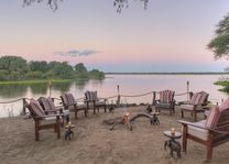 Time Tide Chongwe River Camp - zitje - Lower Zambezi - Zambia - foto: Chongwe River Camp