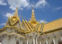 Cambodja - Phnom Penh - koninklijk paleis - detail van het dak - foto: Daniel de Gruiter