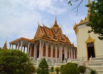 Cambodja - Phnom Penh - koninklijk paleis - throne hall - foto: Daniel de Gruiter