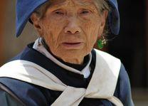 naxi oude vrouw - Lijiang - China