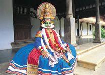 man met masker - India