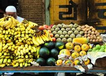 fruitverkoper in India - India - foto: archief
