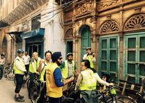 groepsfoto tijdens fietstour in Delhi (3) - Delhi - India - foto: Anchit Doegar