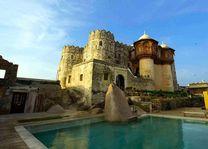zwembad van Fort Khejarla - Khejarla - India - foto: Fort Khejarla