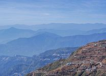 berglandschap - Oost-Sikkim - India - foto: Mieke Arendsen