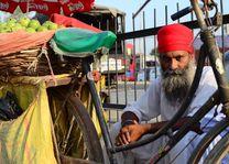 man met fiets in Amritsar - Amritsar - India - foto: Ashfaq Rah