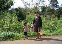 man en kind - Laos