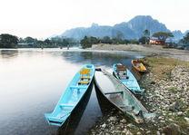 Bootjes in Vang Vieng - Vang Vieng - Laos