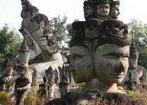 Boeddha park hoofden Vientiane - Vientiane - Laos