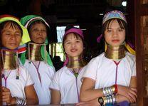 longnecks Inle lake - Inle Lake - Myanmar
