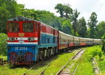 trein Yangon - Yangon - Myanmar - foto: lokale agent