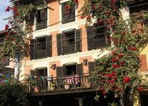 voorzijde Old Inn Bandipur 3 - Old Inn Bandipur - Nepal