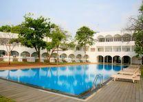 zwembad - Chaaya Blu Resort - Sri Lanka