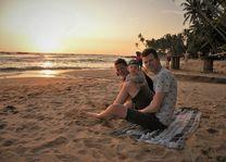 Nederlands gezinnetje aan zee - Sri Lanka
