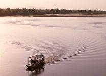 Boottocht Rufiji Rivier - Rufiji River Camp - Tanzania - foto: Niels van Gijn - Foxes Safari Camps