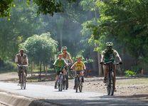 fietsen tijdens familiereis Tanzania (2) - Tanzania - foto: Lokale agent