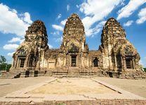 Pagoda, Phra Prang Sam Yot, Lopburi - Thailand - foto: Archief