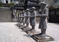 mausoleum beelden - Hue - Vietnam