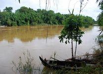 rivier met bootje in Cat Tien Nationaal Park - Cat Tien Nationaal Park - Vietnam