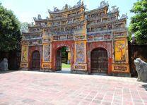 toegangspoort keizerlijke stad in Hue - Hue - Vietnam
