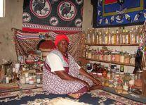 vrouw in winkel - Limpopo - Zuid-Afrika