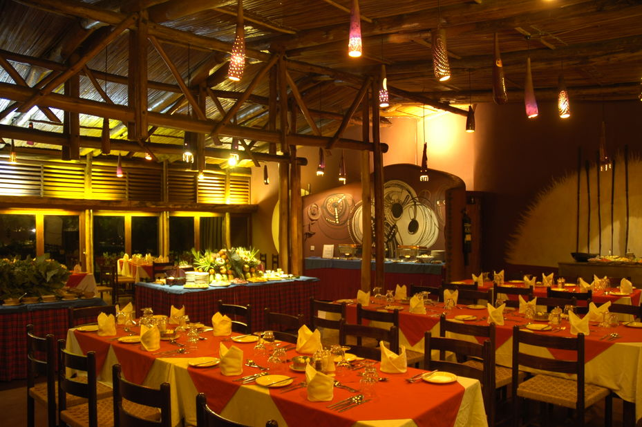Amboseli Serena Lodge - restaurant -Amboseli National Park - Kenia - foto: Serena Hotels & Resorts