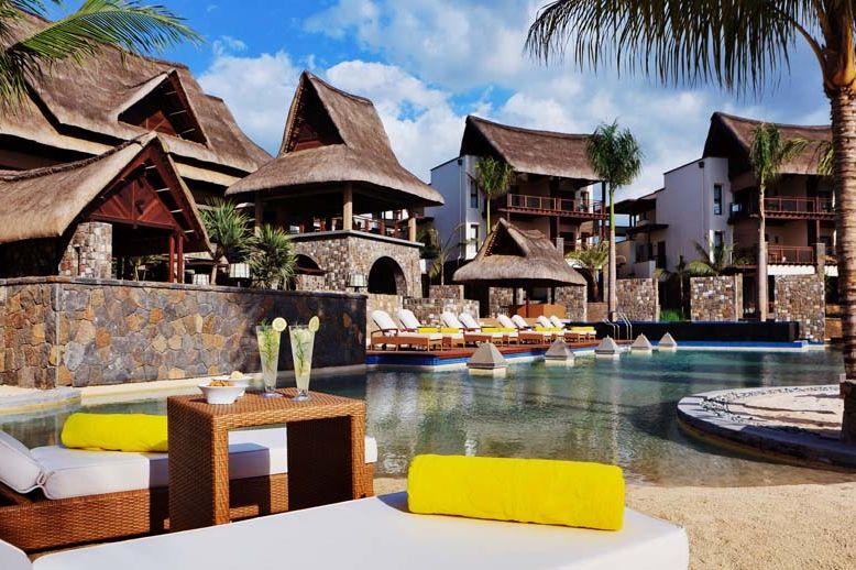 Angsana Balaclava - pool area - Mauritius - foto: Angsana Balacalava