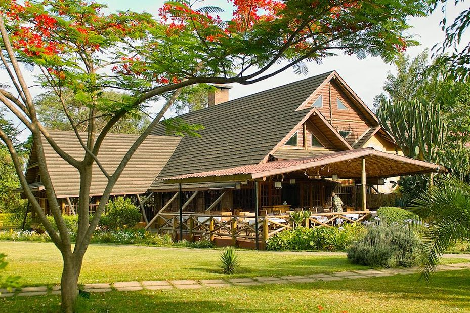 Arumeru River Lodge - restaurant- Arusha -Tanzania - foto: Arumeru River Lodge