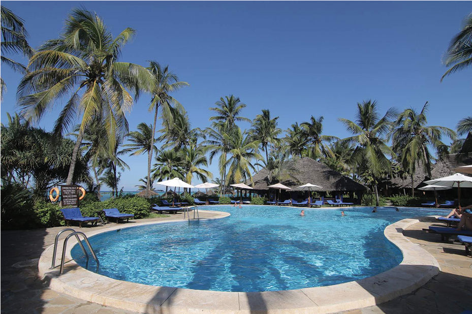 Breezes Beach Resort -zwembad - Zanzibar - Tanzania - foto: Breezes Beach Club