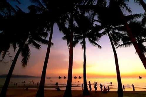 Coast Boracay - sunset - strand - Boracay -Filipijnen - foto: Coast Boracay