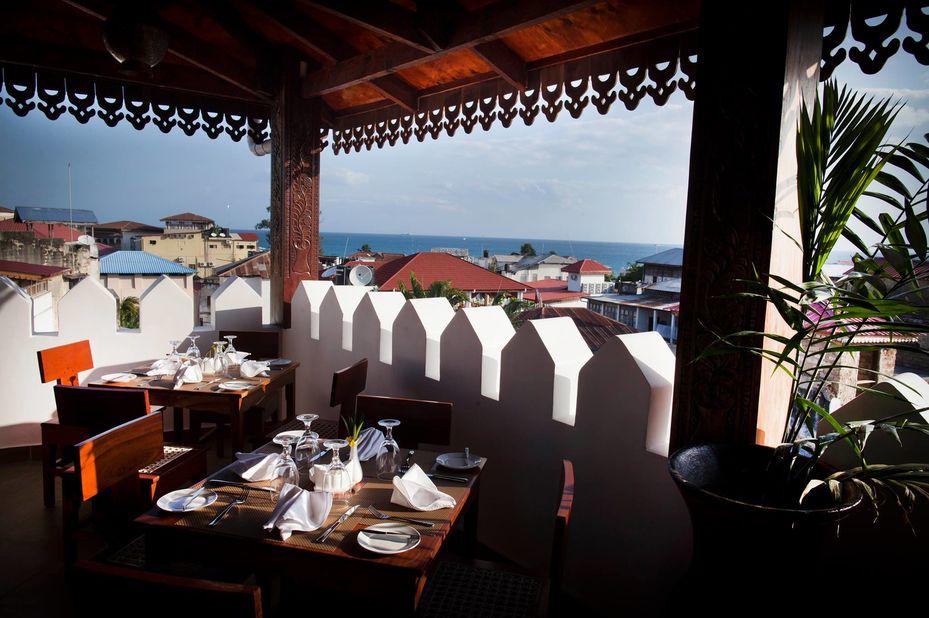 Double Tree Resort by Hilton Hotel - Stonetown -restaurant -Zanzibar - foto: DoubleTree Resort by Hilton Hotel Stonetown