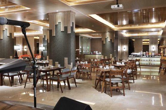 Harper Perintis Makassar - bar bistro - Makassar - Sulawesi - Indonesie - foto: Harper Perintis Makassar