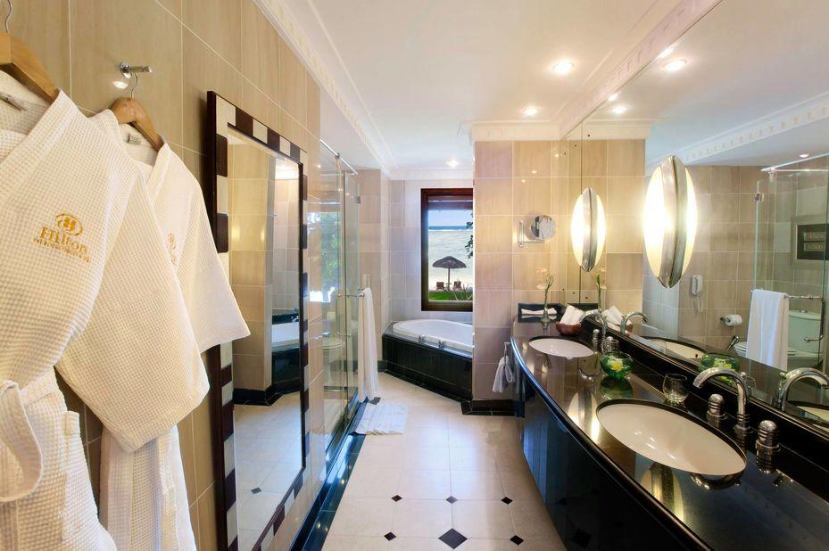 Hilton Mauritius Resort & Spa - badkamer - Mauritius - foto: Hilton Mauritius Resort & Spa