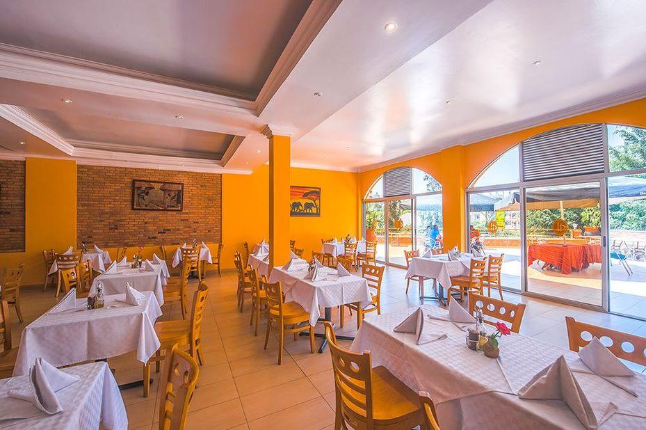 Hotel Chez Lando - restaurant - Kigali - Rwanda - foto: Hotel Chez Lando