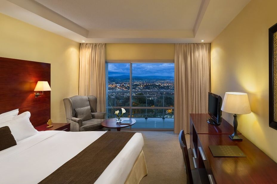 Hotel Des Mille Collines - classic room panorama view - Kigali - Rwanda - foto: Hotel Des Mille Collines