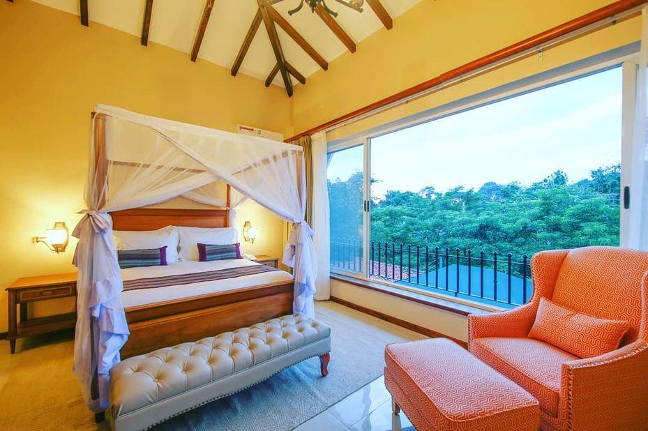 Hotel No 5 - slaapkamer - Entebbe - Oeganda - foto: Hotel No. 5