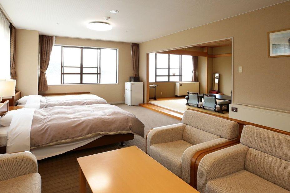 Hotel Ragaso - special room - Tanohata - Japan - foto: Hotel Ragaso