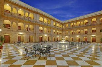 - foto: Desert Palace