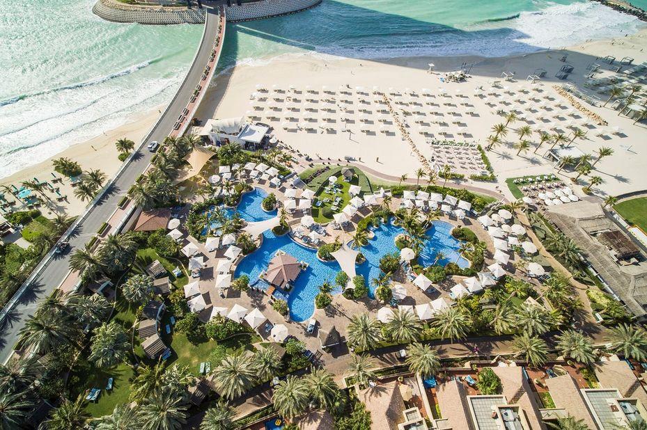 Jumeirah Beach Hotel - aerial - Dubai - foto: Jumeirah Beach Hotel