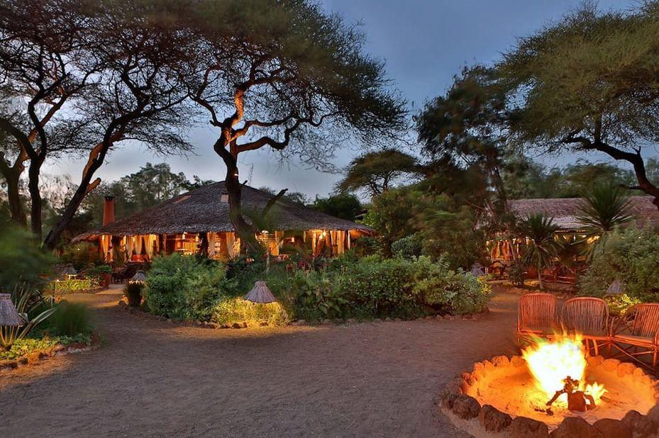 Kibo Safari Camp - kampvuur - Amboseli - Kenia - foto: Kibo Safari Camp