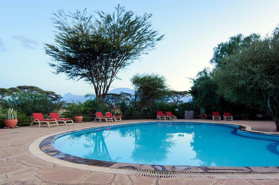 Kibo Safari Camp - zwembad - Amboseli - Kenia - foto: Kibo Safari Camp