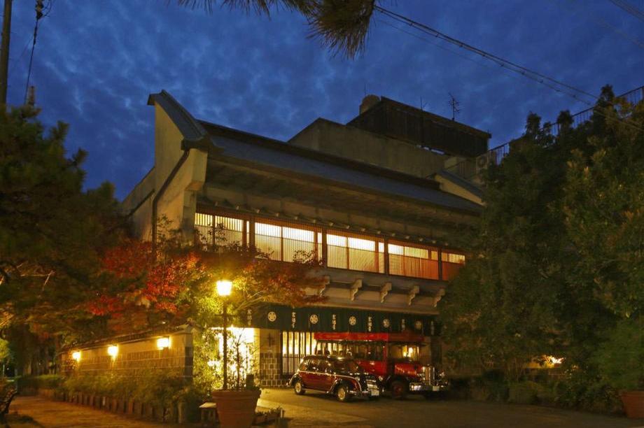 Kyotoya - buitenaanzicht - Takeo Onsen - Japan - foto: Kyotoya